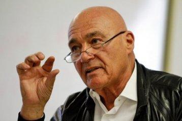 Известный телеведущий Владимир Познер об избавлении от рака